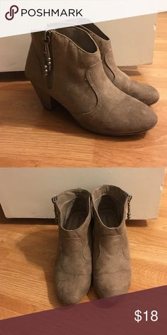 Slip on and go ankle booties! Faux suede ankle booties. 2 1/2 inch block heel. Very comfy and goes with everything! Great to slip on and go. Some wear. Color is a versatile grey/taupe. Steve Madden Shoes Ankle Boots & Booties