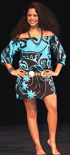 Love this Wahine Toa dress . Tropical Fashion, Tropical Dress, Hawaiian Wear, Hawaiian Dresses, Samoan Dress, Island Wear, Island Life, Island Style Clothing, Feminine Fashion
