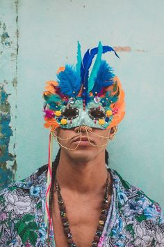 Carnival Inspiration, Tropical Vibes, People Around The World, Halloween, Holidays And Events, Boy Fashion, Mens Fashion, Style Guides, Headpiece