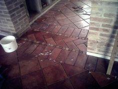 Pavimento in cotto per un appartamento rustico - Terracotta flooring for a rustic apartment