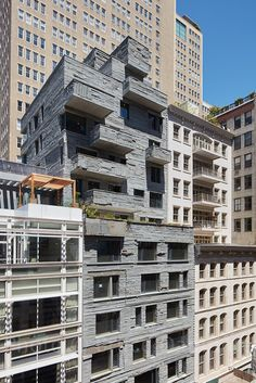 Design-led US developer DDG already has a few boutique residential schemes in New York under its belt – think XOCO 325's sculptural façade on West Broadway - and 12 Warren is the latest addition to its portfolio. Featuring work by design company The Fu...