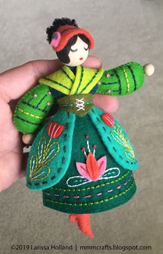 Lady Dancing PDF pattern for a hand sewn wool felt ornament - Lady Dancing PDF pattern for a hand sewn wool felt ornament Christmas Applique, Felt Christmas Ornaments, Christmas Crafts, Christmas Nativity, Christmas Printables, Christmas Tree, Felt Embroidery, Embroidery Patterns, Felt Crafts