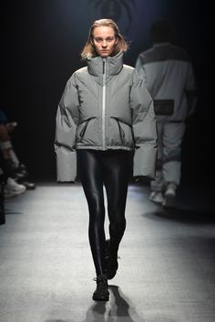 Spyder Debuts Fall/Winter 2019 Collection Sleek Tech-wear Re Fashion Poses, Fashion Outfits, Winter Wear, Fall Winter, Jackets For Women, Clothes For Women, Sporty Outfits, Punk Fashion, Winter Fashion