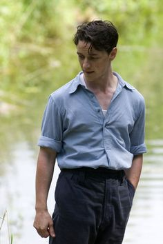 Still of James McAvoy as Robbie Turner in Atonement (2007)