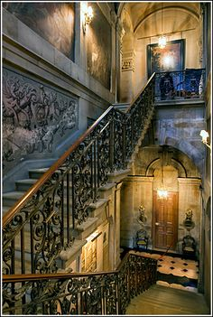 Castle Howard interior.  I've visited here and I can say that It's All That.....and a bag of chips.