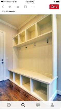 I want a mudroom .mudroom sample - to be at backdoor area instead of laundry machine Style At Home, Mudroom Laundry Room, Closet Mudroom, Bench Designs, Built Ins, Home Organization, Organizing, Home Projects, Home Remodeling