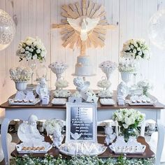 First Communion Decorations, First Communion Cakes, Baptism Favors, Baptism Party, Maria Valentina, Baby Boy Baptism, Ideas Para Fiestas, Table Decorations, Birthday