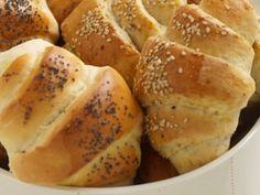 Piece Of Bread, Pretzel Bites, Horns, Food And Drink, Yummy Food, Snacks, Dinner, Vegetables, Healthy