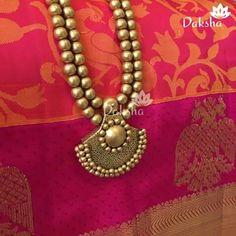 Funky Jewelry, Jewelry Model, Paper Jewelry, Trendy Jewelry, Polymer Clay Jewelry, Handmade Jewelry, Terracotta Jewellery Making, Terracotta Jewellery Designs, Gold Jewellery Design