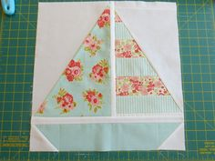 Pretty Little Quilts: Summer Beach Quilt Tutorial - Part IV - Sailboat Block