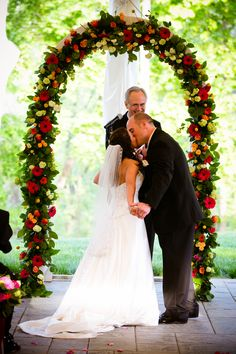 Laura & Brian's Bright and Cheery Spring Wedding| Photo by:  http://candacejefferyphotography.com/blog/