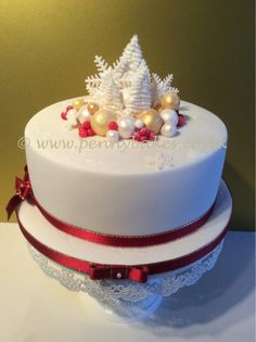 Christmassy cake! by Penny Sue