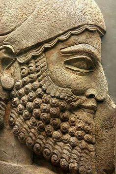 - Bajorrelieve del Palacio de Sargón ll . 710-705 a.C. Kkorsabad , Iraq