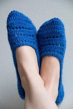 Crocheted sock slippers pattern by Sandra Smallwoods
