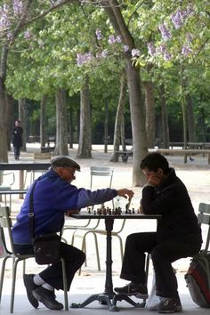 Chess in Paris <3 #France www.plaisirsdefrance.co.za
