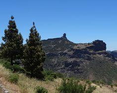 Der Roque Nublo vom Aussichtspunkt Degollada de Becerra
