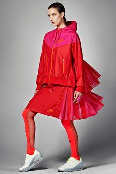 Descubre la nueva colección Sacai x NikeLab  #NikeLab #Sacai #SacaixNikeLab #fashion #moda #sport #clothes #lifestyle #Good2b