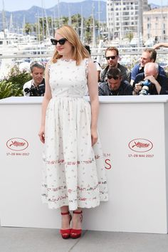 Elisabeth Moss in Emilia Wickstead to 'The Square' Photocall during the 2017 Cannes Film Festival