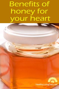 Did you know that the polyphenol content of honey acts as an antioxidant that defends our cells from damage and free radical? Read this article to find out more. Causes Of Heart Disease, Niacin Vitamin, Honey Benefits, Heart Muscle, Blood Vessels, Face And Body, Fit Women, How To Find Out, Healthy Living