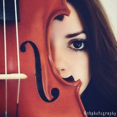 #violinist #violinphotography #music #musician #blackeyes  ©vbphotography   (Follow me on Instagram➡️ https://www.instagram.com/borosviky/ )