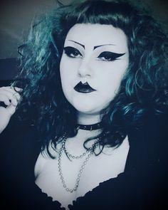 Evil Makeup, Goth Makeup, Septum Ring, Gothic, Halloween Face Makeup, Alternative, Fashion, Gothic Makeup, Moda
