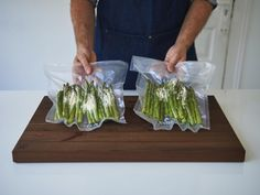Sous Vide, Olympus Digital Camera, Asparagus, Vegetables, Food, Bass, Recipes, Eating Well, Studs