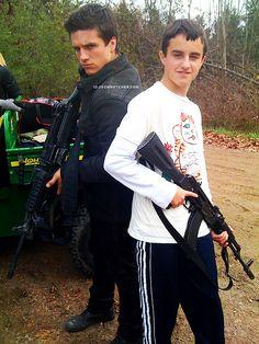 josh hutcherson family   Josh Hutcherson hunger games Brothers They are so adorable Connor ...