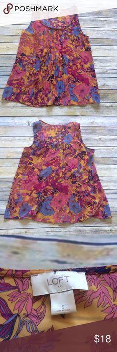 Anne Taylor Loft Blouse Beautiful floral blouse from Anne Taylor LOFT. Light, flowy, and feminine. LOFT Tops