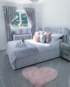 Heart Fluffy Carpet▶️For shopping Click the link below💕 Pink, white and shades of grey. I want to wake up in this bedroom. Teen Bedroom Designs, Bedroom Decor For Teen Girls, Room Ideas Bedroom, Teen Room Decor, Small Room Bedroom, Home Bedroom, Bedroom Ideas For Small Rooms For Teens For Girls, Grey Bedroom Design, Bedroom Inspo