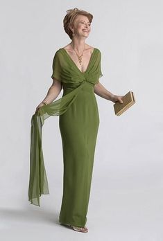 Brides: Mother-of-the-Bride Dress Grecian-inspired gown in green. Silk crepe and chiffon dress, Chetta B, Neiman Marcus Mother Of Bride Outfits, Mother Of Groom Dresses, Mothers Dresses, Mother Of The Bride Gowns, Special Dresses, Mob Dresses, Party Dresses, Wedding Dress Styles, Chiffon Dress