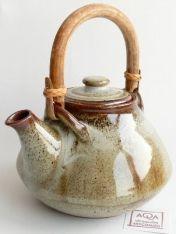 Teiera manico bambù marrone Rust h20cm Fair Trade, Kettle, Kitchen Appliances, Diy Kitchen Appliances, Tea Pot, Home Appliances, Boiler, Kitchen Gadgets