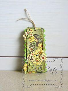 Kwiatowy tag