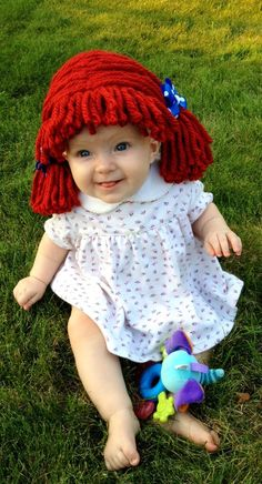 Pair this handmade Raggedy Ann wig ($23-$30) with your little girl's favorite dress for an easy and classic... Baby Girl Halloween Costumes, Baby First Halloween, Cute Costumes, Baby Costumes, Costume Ideas, Primer Halloween, Diy Halloween, Raggedy Ann Costume, Baby Kostüm