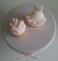 All dressed up cupcakes