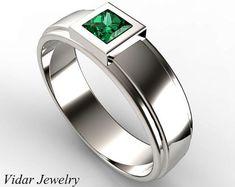 Corte de la princesa de oro blanco anillo esmeralda verde de la boda, único anillo de boda para hombres, anillo de diamantes de corte princesa para hombres, venda de boda de encargo