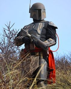 Ahn'vil Burkyc of Twin Suns Clan. Star Wars Jedi, Star Wars Rpg, Mandalorian Cosplay, Cosplay Armor, Star Wars Pictures, Star Wars Images, Luke Skywalker, Reina Amidala, Disfraz Star Wars