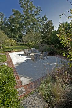 This wonderful home is located in the Club Place development in Mountain Brook, Ala. (http://www.alabamaasla.com/2011/05/club-place-–-general-design-award/)