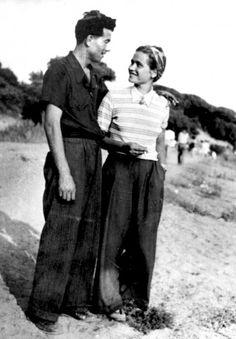 Norma Parenti, partigiana del raggruppamento Amiata della III Brigat Garibaldi dell'area grossetana insieme al marito Mario Pratelli