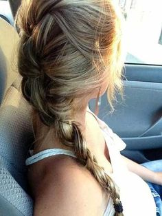 messy-french-braid-with-easy-long-hair