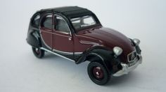 P J Shaw Toys Oxford Diecast 1/76 Maroon Black Citroen 2CV Item Code: 76CT001 Price: £4.45