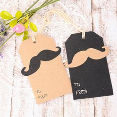 Etiquetas para regalo chicos Moustache.