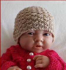 Prem and newborn knitting pattern for an moss stitch beanie. Baby Cardigan Knitting Pattern, Crochet Beanie Pattern, Baby Knitting Patterns, Crochet Hats, Knitted Baby Beanies, Knitting For Charity, Moss Stitch, Headbands, Doll Clothes