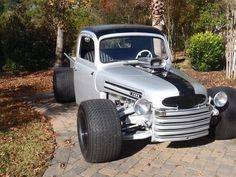 1948 to 49 Ford Trucks Hot Rod Trucks, Cool Trucks, Big Trucks, Chevy Trucks, Pickup Trucks, Cool Cars, Chevy Pickups, Custom Trucks, Custom Cars