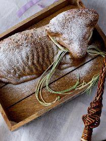 Pradobroty: Velikonoční beránek z mrkvového těsta Cupcake Cakes, Cooking Recipes, Easter, Sweets, Bread, Food, Recipes, Good Stocking Stuffers, Eten