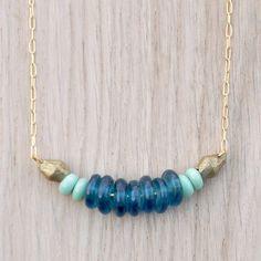 Alizée Necklace // Elegant Chained Tribal par CoucouSuzette sur Etsy / Collier chaîne ethnique / Collier Bleu / Ethnic jewelry / Gypsy chic jewellery /