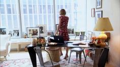 Anna Wintour's office at Vogue with metal tollix chairs