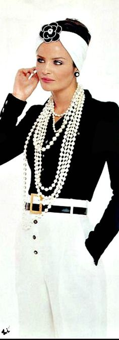 Chanel/very classic