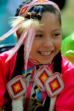 Native American Festival   Spotted™   Sarsota Herald-Tribune, Photos, Events Native American Ancestry, Native American Children, Native American Pictures, Native American Regalia, Native American Beauty, Indian Pictures, American Spirit, Native American History, American Festivals
