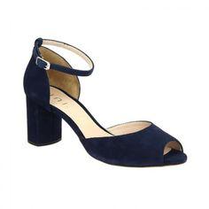 56 meilleures images du tableau Chaussures   Shoe, Blue et Bride ... 34c7b51742fc