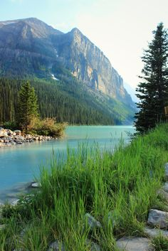 Travel Tuesday: BANFF NATIONAL PARK -- Breathtaking! A must see!